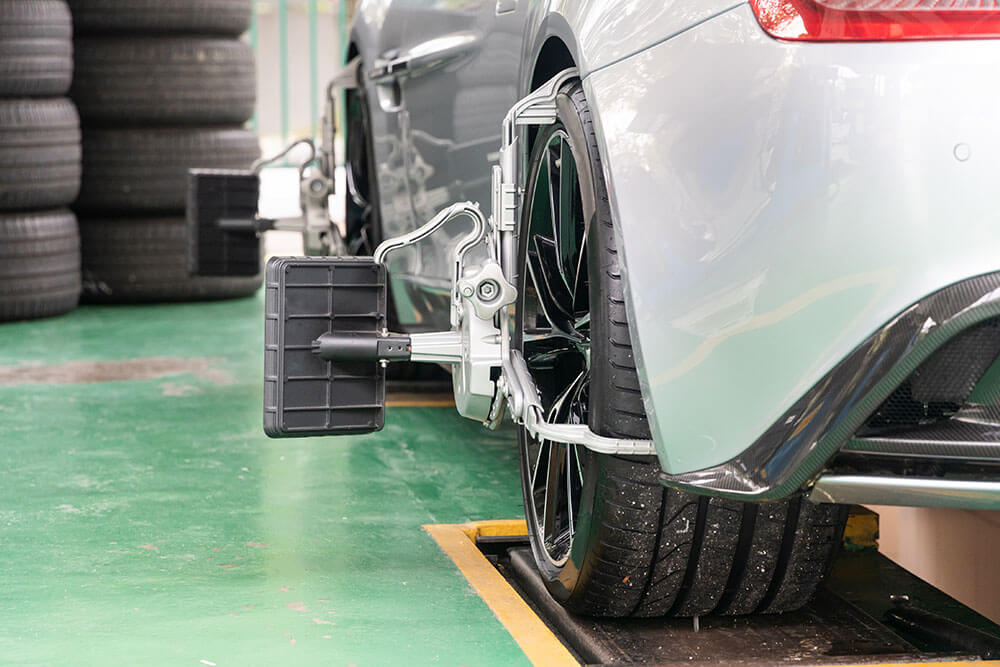 Vehicle Wheel Alignment Can Save You Money