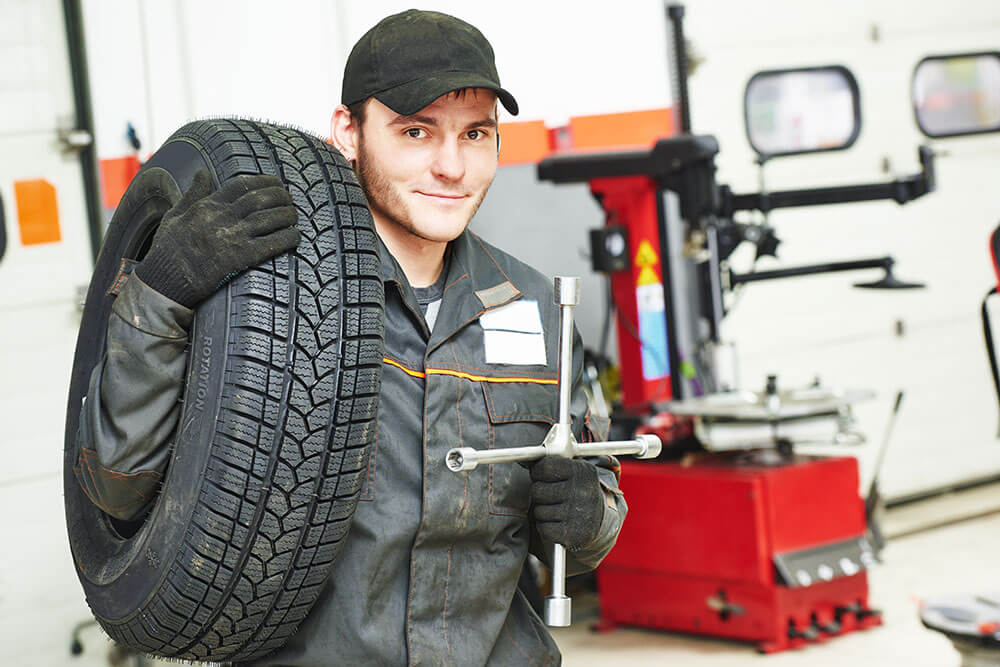 5 Tips to Keep Your Tires Ft. Lauderdale, Pompano Beach, Wilton Manors, Lighthouse Point, and Lauderdale By The Sea in Good Condition